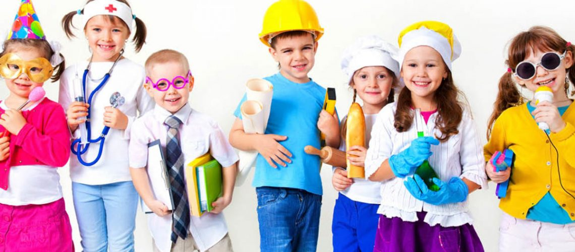 the-importance-of-dress-up-dramatic-play-in-early-childhood-1200x624